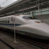 三四郎小宮 新幹線グリーン席の上をいくグランクラスの快適さを大いに語る